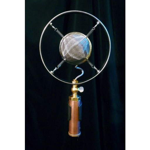 Ear Trumpet Labs Louise Microphone